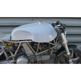 Réservoir d'essence polyester Ducati 900 SS Café Racer