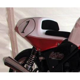Coque arrière type Café Racer sur CB 500